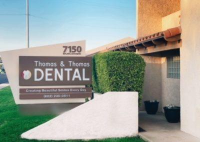 Thomas and Thomas Dental Outside Office